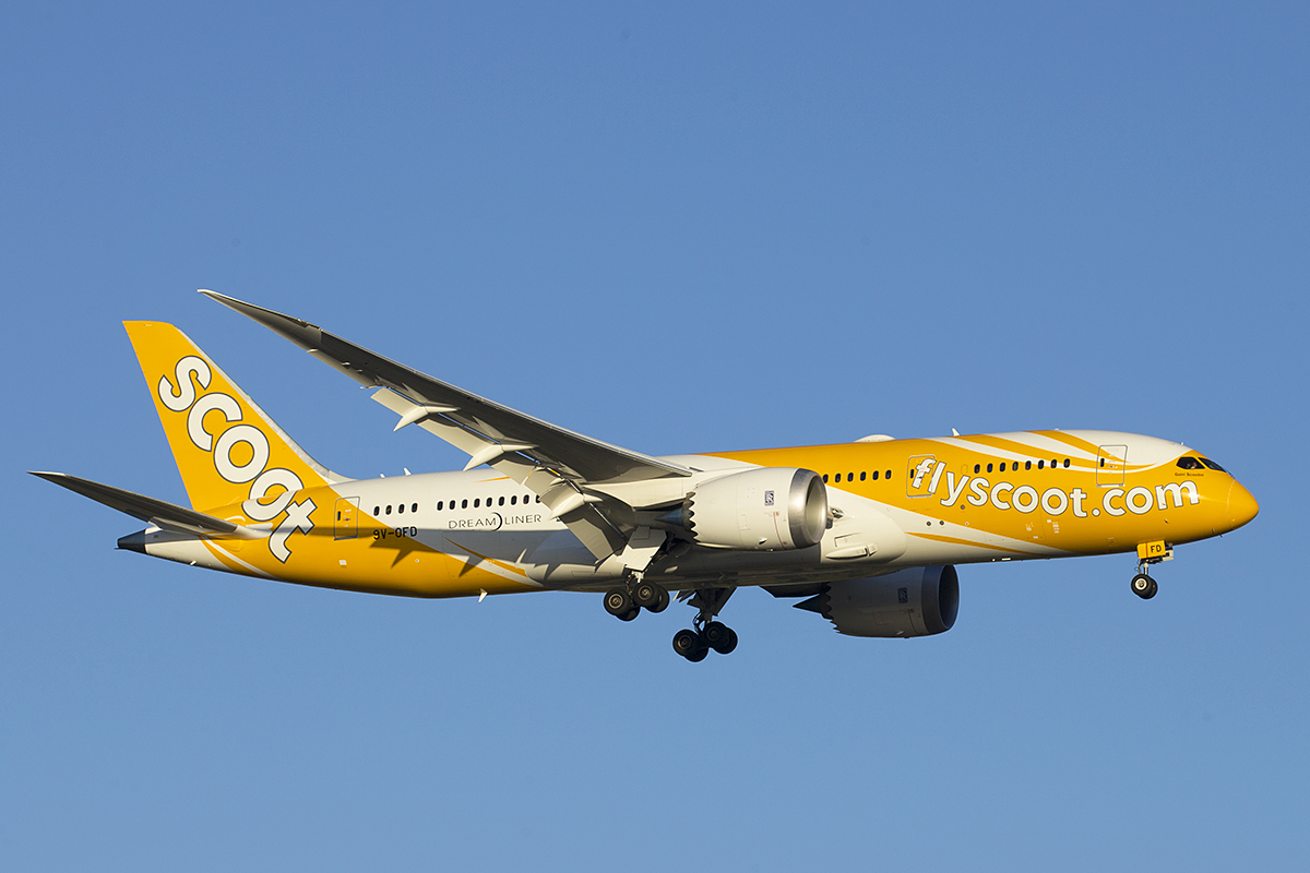 9V-OFD Boeing 787-8 DreamLiner (MSN 37121) named Goin' Scootin' of Scoot at Perth Airport – 24 Feb 2016.