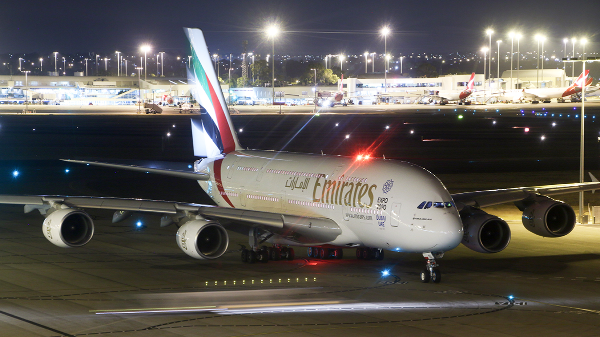 A6-EOL Airbus A380-861 (MSN 186) of Emirates at Perth Airport – 28 Feb 2016.