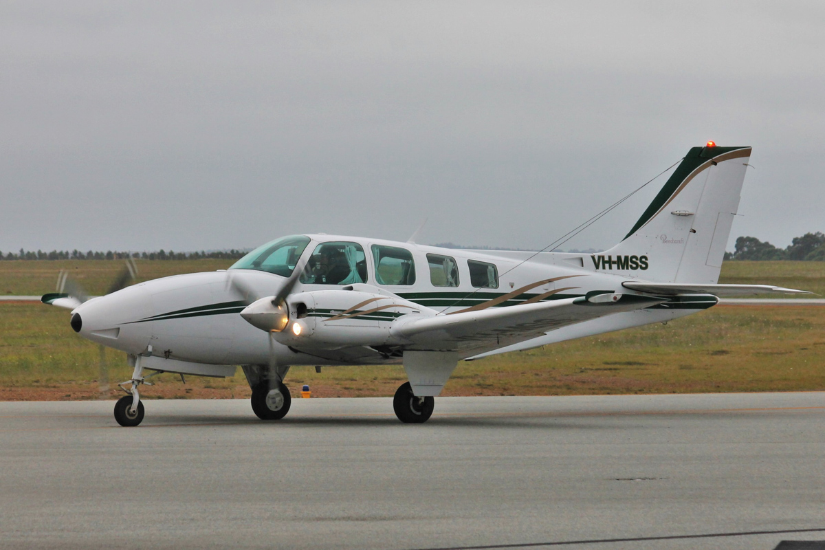 VH-MSS Beech Baron 58 (MSN TH-1000) of Albany Aviation (Amvad Pty Ltd), at Albany Airport - Thu 3 March 2016. Built in 1979, ex N2067E. Photo © Jonathan Williams