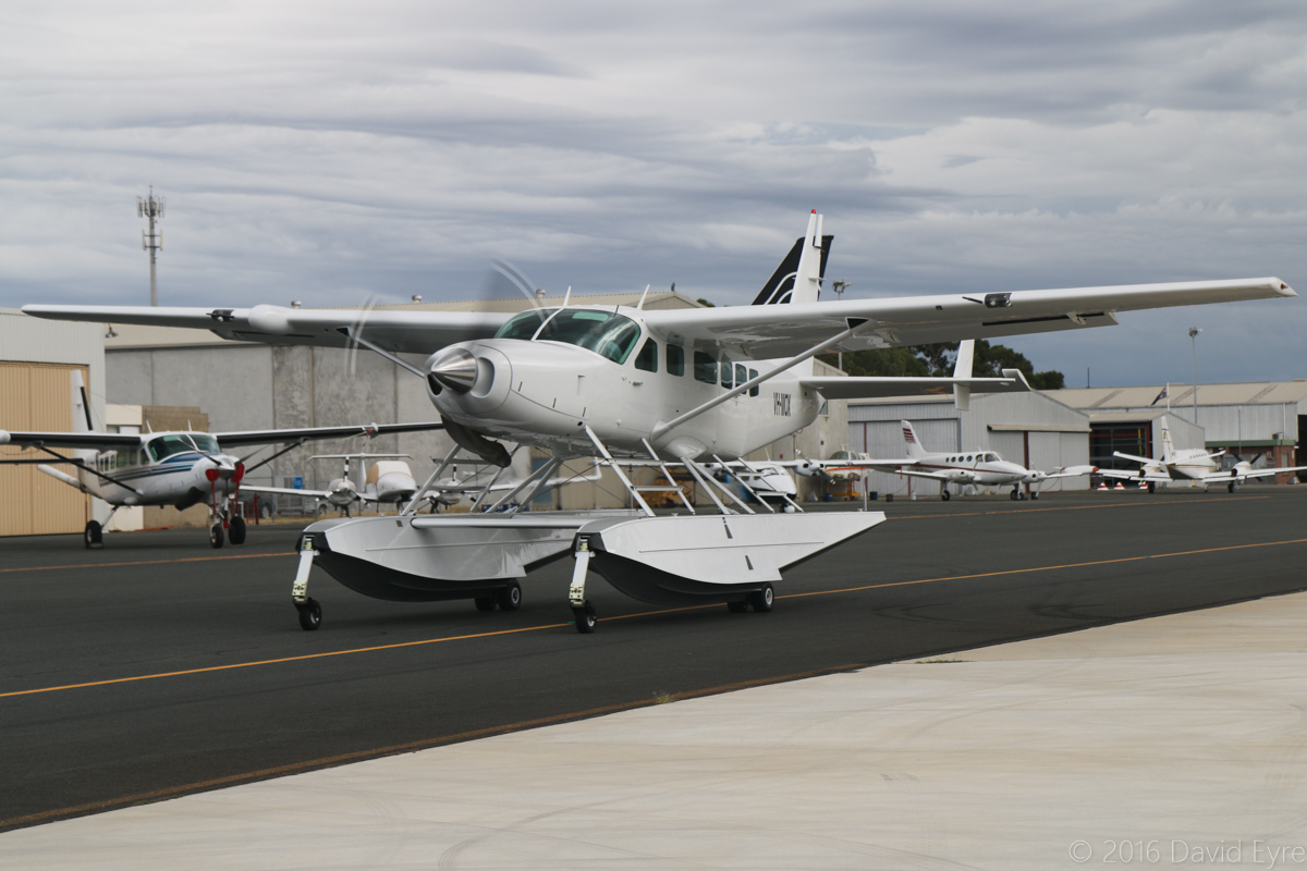 VH-MOX Cessna 208 Caravan (amphibious floatplane) (MSN 20800227) operated by Outback Seaplane Adventures (Aerolane Pty Ltd) of Darwin, NT, at Jandakot Airport - Sat 19 March 2016. Taxying out at 8:23am for departure to Meekatharra, possibly headed back to Darwin. Built in 1993, ex VH-NGD, N9824F. Photo © David Eyre