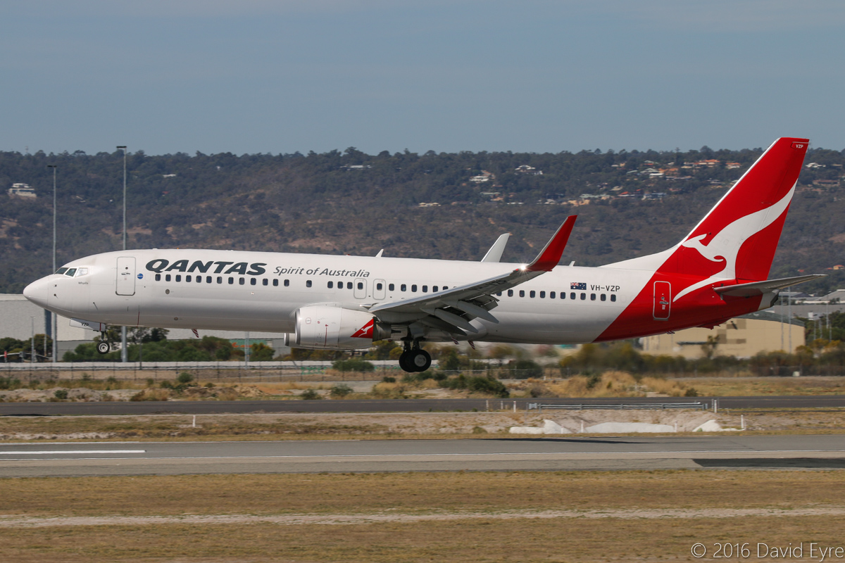 VH-VZP Boeing 737-8GP (MSN 39362/3714) of Qantas, named 'Whyalla', at Perth Airport - Sun 3 April 2016. Flight QF581 from Sydney, landing on runway 03 at 1:28pm. Photo © David Eyre