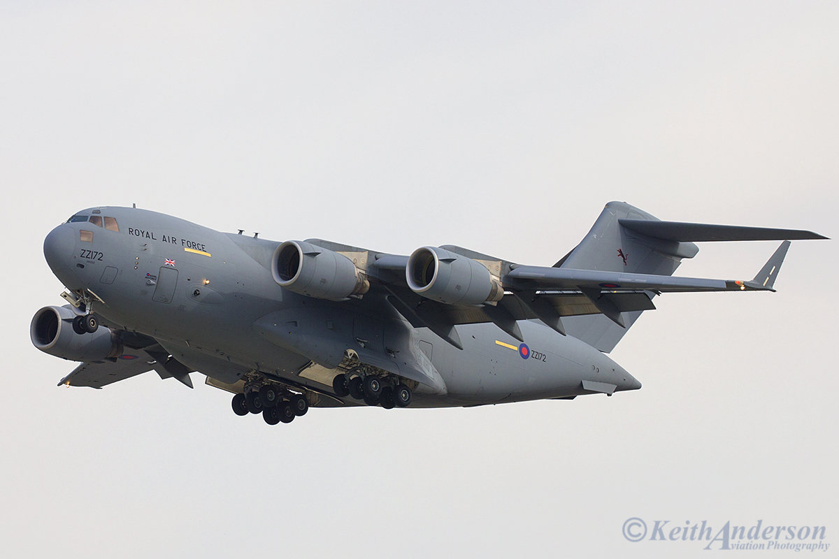 ZZ172 Boeing C-17A Globemaster III (MSN F-78) of Royal Air Force at Perth airport – 7 April 2016)