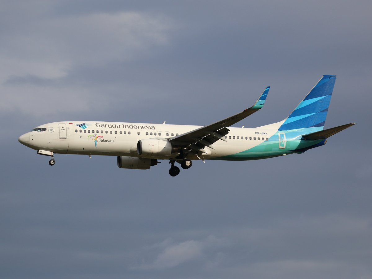 PK-GMK Boeing 737-8U3 (MSN 29666/3171) of Garuda Indonesia, at Perth Airport - Sat 9 April 2016. Flight GA724 from Jakarta, landing on runway 06 at 4:14pm. Photo © Jimmy Leng