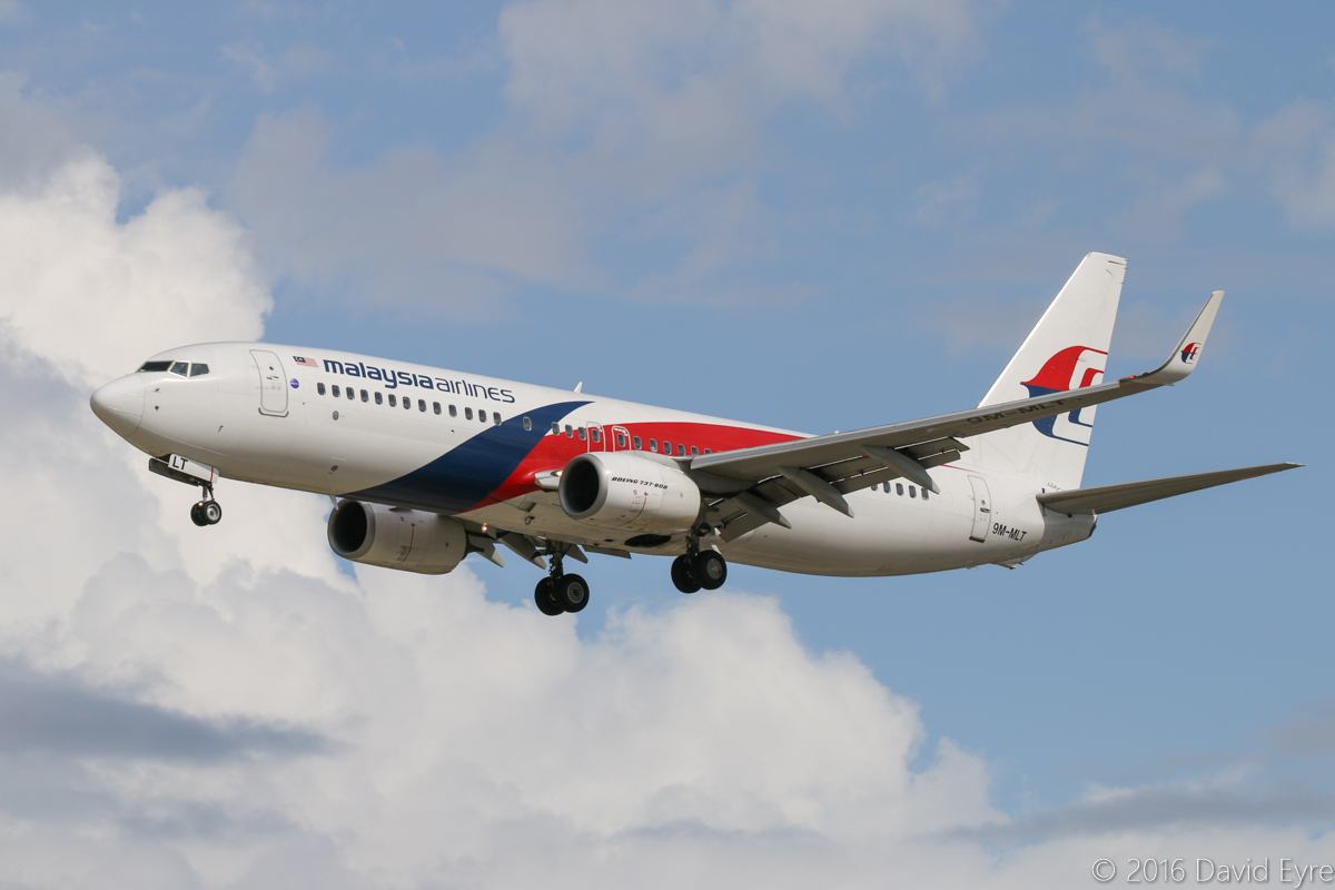 9M-MLT Boeing 737-8H6 (MSN 39334/4656) of Malaysia Airlines, at Perth Airport - Sun 10 April 2016. Flight MH121 from Kota Kinabalu, on final approach to runway 06 at 2:06pm. Photo © David Eyre