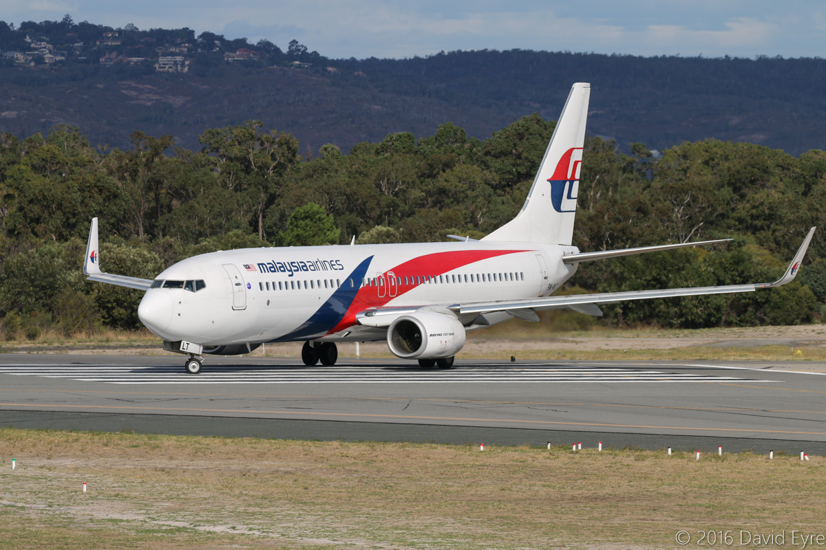 9M-MLT Boeing 737-8H6 (MSN 39334/4656) of Malaysia Airlines, at Perth Airport - Sun 10 April 2016. Flight MH120 to Kota Kinabalu, lining up for take-off from runway 03 at 3:26pm. Photo © David Eyre