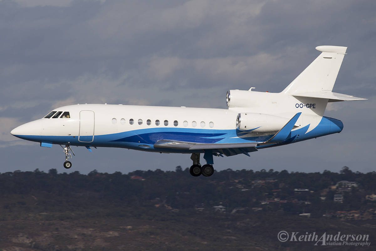 OO-GPE Dassault Falcon 900LX (MSN 252) of Abelag Aviation at Perth Airport – 10 April 2016.