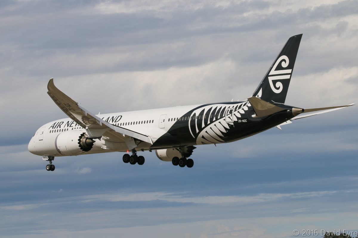 ZK-NZC Boeing 787-9 DreamLiner (MSN 41988/) of Air New Zealand at Perth Airport – Sun 10 April 2016. Flight NZ175 from Auckland, landing on runway 06 at 1:44 pm. Runway 03/21 was closed for Category 3 lighting upgrades. Photo © David Eyre