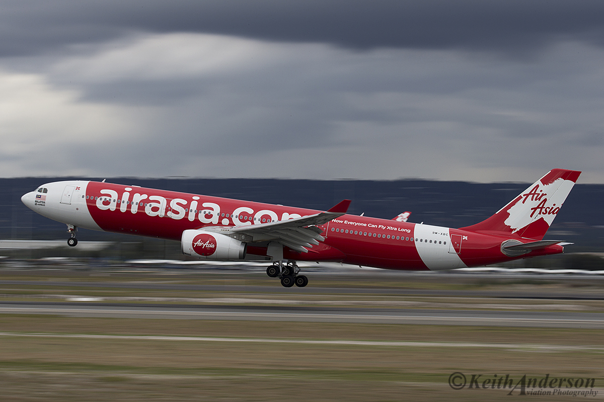 9M-XBC Airbus A330-343X (MSN 1659) of AirAsia X, at Perth Airport – 12 April 2016.