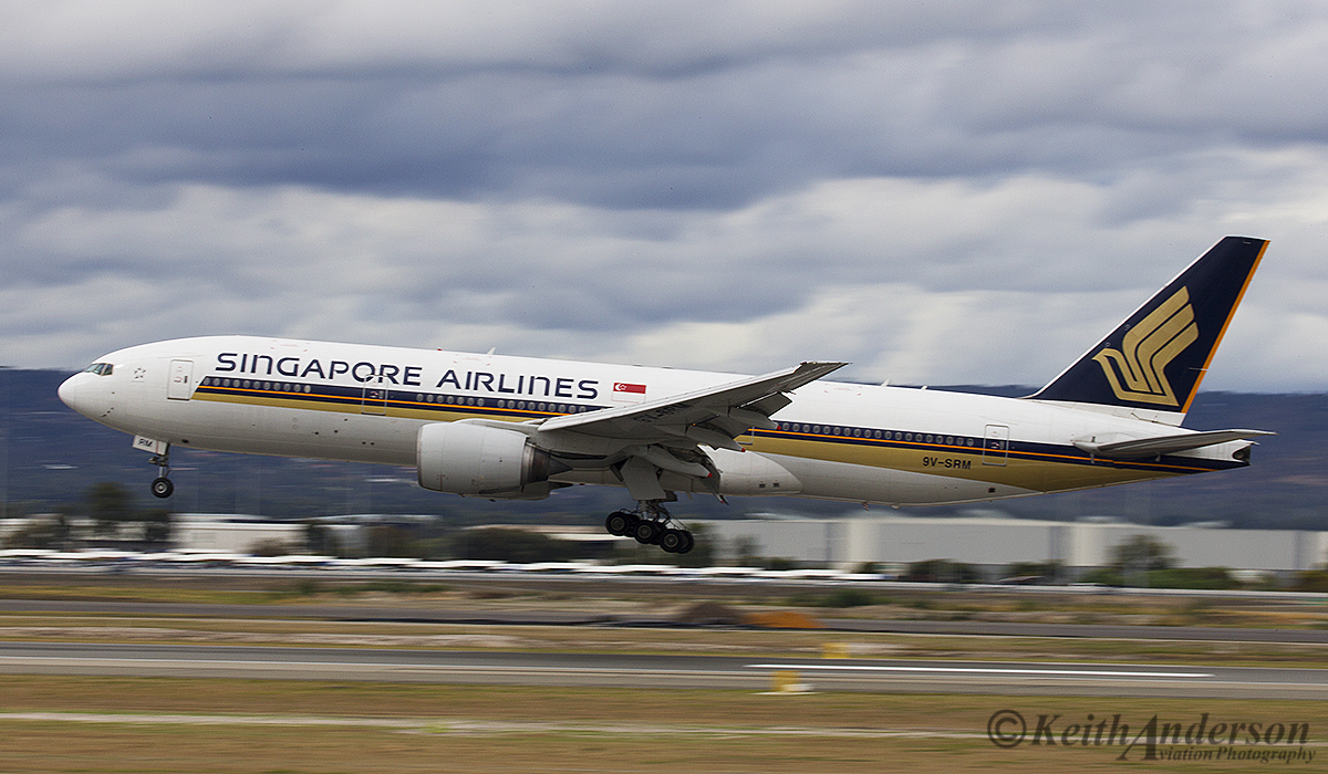 9V-SRM Boeing 777-212ER (MSN 32320) of Singapore Airlines at Perth Airport – 12 April 2016.