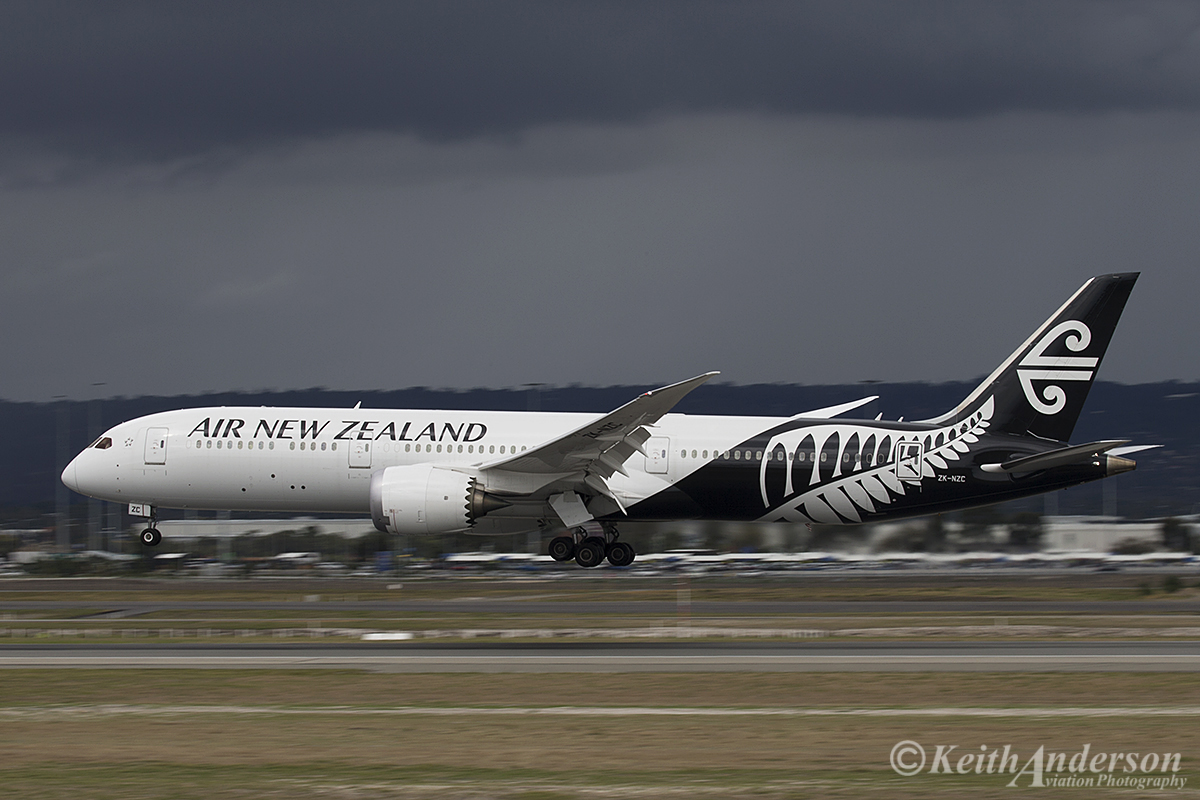 ZK-NZC Boeing 787-9 DreamLiner (MSN 41988) of Air New Zealand at Perth Airport – 12 April 2016.