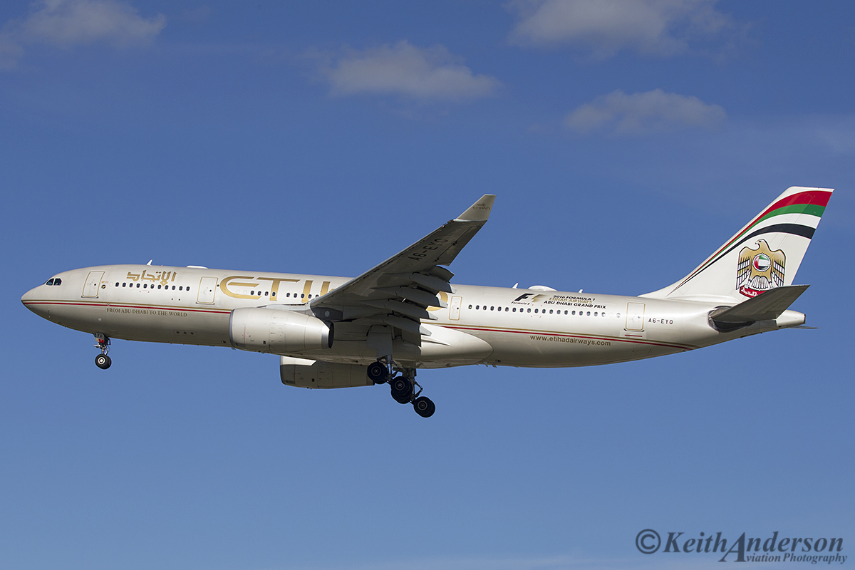 A6-EYO Airbus A330-243 (MSN 852) of Etihad Airways at Perth Airport – 21 April 2016.