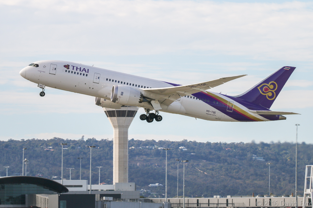 HS-TQE Boeing 787-8 Dreamliner (MSN 38757/287) of Thai Airways, named 'Kosum Phisai' at Perth Airport – Sat 23 April 2016. Taking off from runway 03 at 9:25am as flight TG484 to Bangkok. Photo © David Eyre