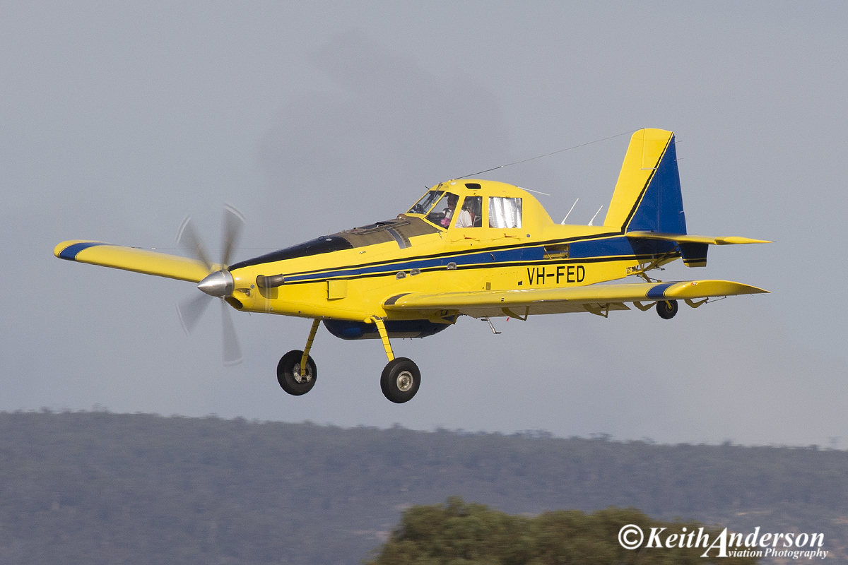 VH-FED Air Tractor AT-802 (MSN 802-0454) of Dunn Aviation at Perth Airport – 24 April 2016.