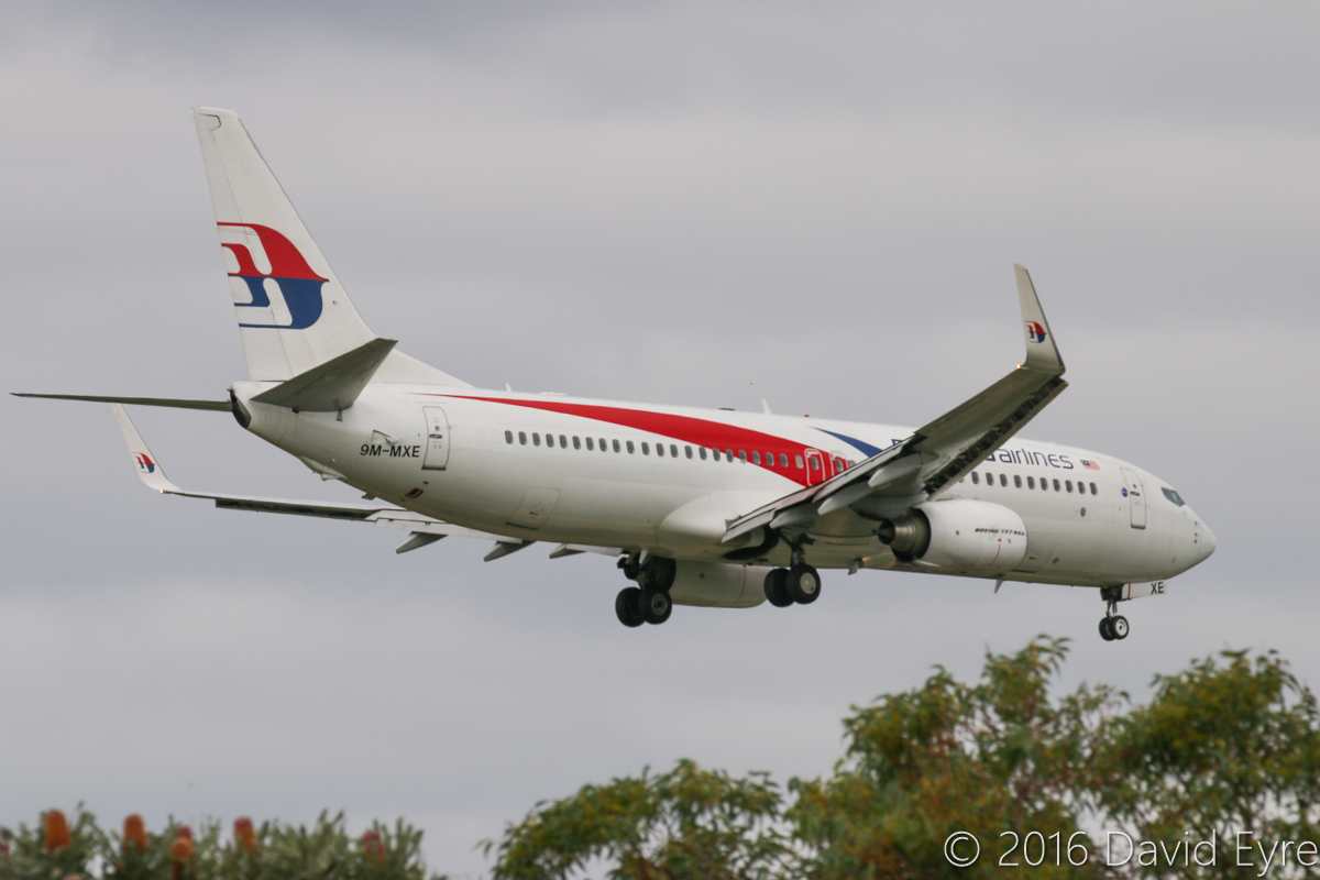 9M-MXE Boeing 737-8H6 (MSN 40132/3723) of Malaysia Airlines, at Perth Airport - Sun 1 May 2016. Flight MH121 from Kota Kinabalu, on final approach to runway 21 at 2:07pm. Photo © David Eyre