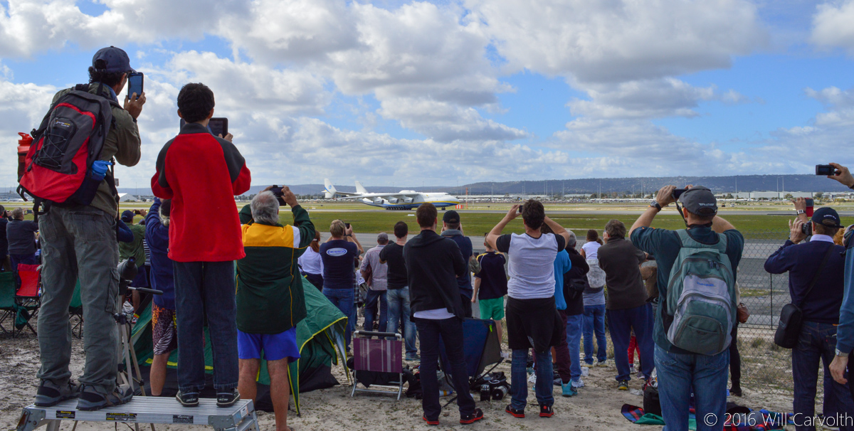Spectators at Dunreath Drive Public Viewing Area for the first visit to Australia by the Antonov An-225 Mriya, Perth Airport - Sun 15 May 2016. Photo © Will Carvolth