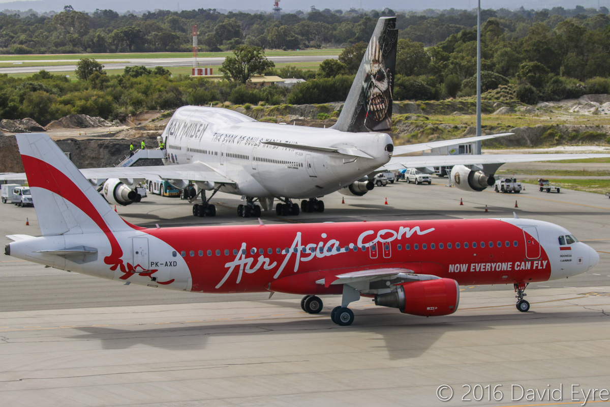 Pk Axd Airbus A320 216 Msn 3182 Of Indonesia Airasia And Tf Aak Airport