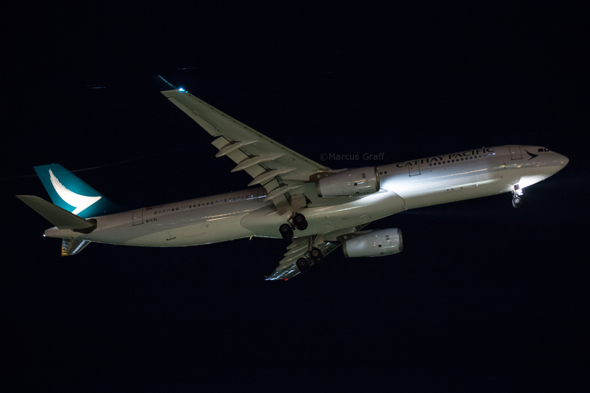 B-LAL Airbus A330-343X (MSN 1222) of Cathay Pacific, at Perth Airport - Tue 14 June 2016. Recently painted in the new Cathay Pacific livery. CX171 from Hong Kong landing on runway 21 at 10:38pm. Photo © Marcus Graff