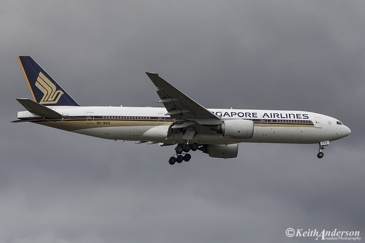 9V-SVG Boeing 777-212ER (MSN 30872) of Singapore Airlines at Perth Airport – 3 July 2016.