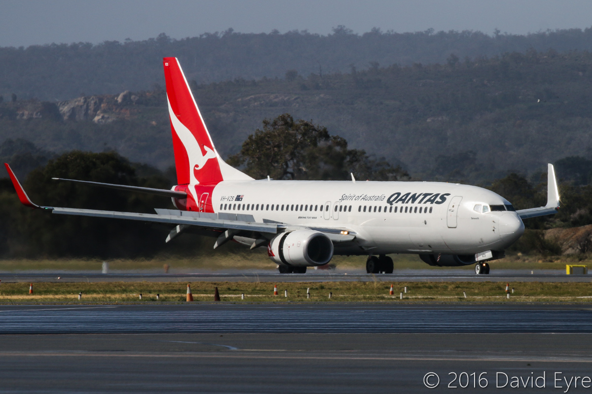 VH-VZS Boeing 737-838 (MSN 39358/3769) of Qantas, named 'Tamworth', at Perth Airport - Sun 31 July 2016. QF475 from Melbourne, landing on runway 24 at 12:27pm. Photo © David Eyre