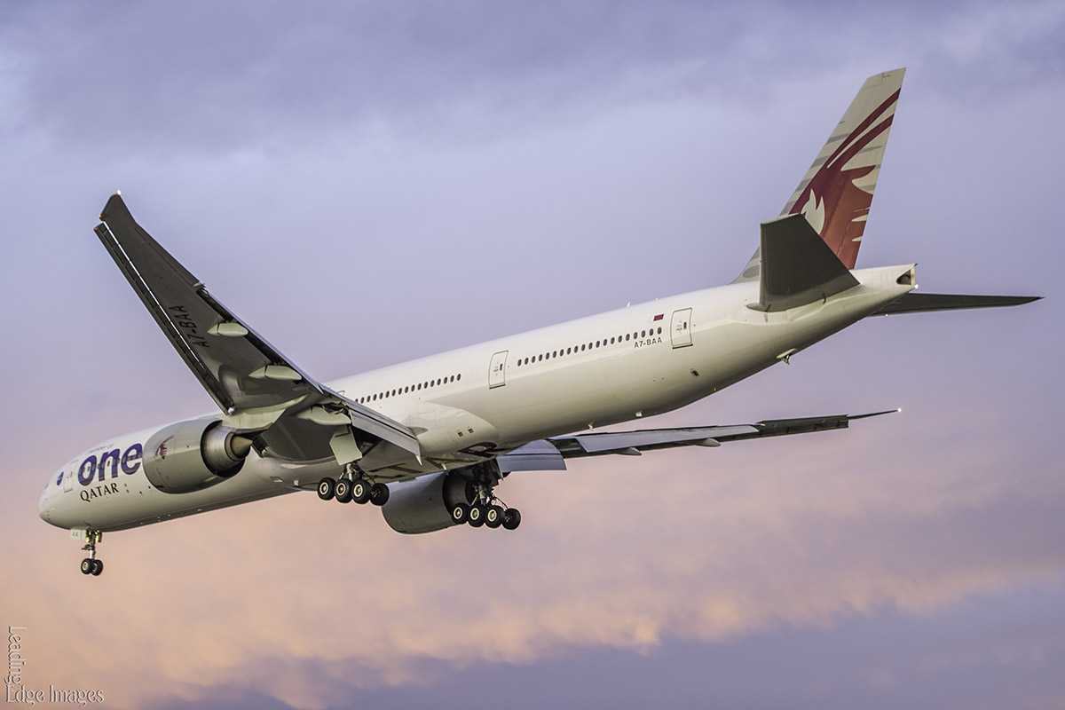 A7-BAA Boeing 777-3DZ ER (MSN 36009/676) of Qatar Airways (leased from Al Khattuya Leasing) in Oneworld livery, at Perth Airport – 12 September 2016. Qatar Airways became part of the Oneworld airline alliance on 29 October 2013 and it is seen here at 6:06 pm, on final approach to Perth Airport. Photo © Richard Kreider.