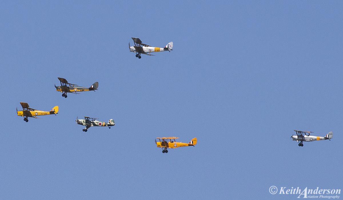 Five Tiger Moths and a Jungmann make up a Formation of bi-planes at SABC Annual Fly In, Serpentine Airfield – Sun 25 September 2016.