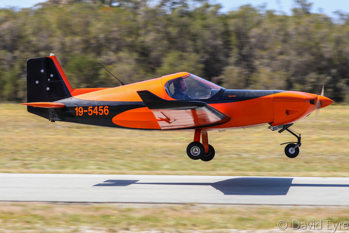 19-5456 Morgan Aeroworks Cheetah Mk.2 (MSN 6) at SABC Annual Fly-In, Serpentine Airfield – Sun 25 September 2016. The Morgan Aeroworks Cheetah is an Australian-designed and built kitplane. 19-5456 made its first flight on 13 Sept 2008 with designer Garry Morgan at the controls. Photo © David Eyre
