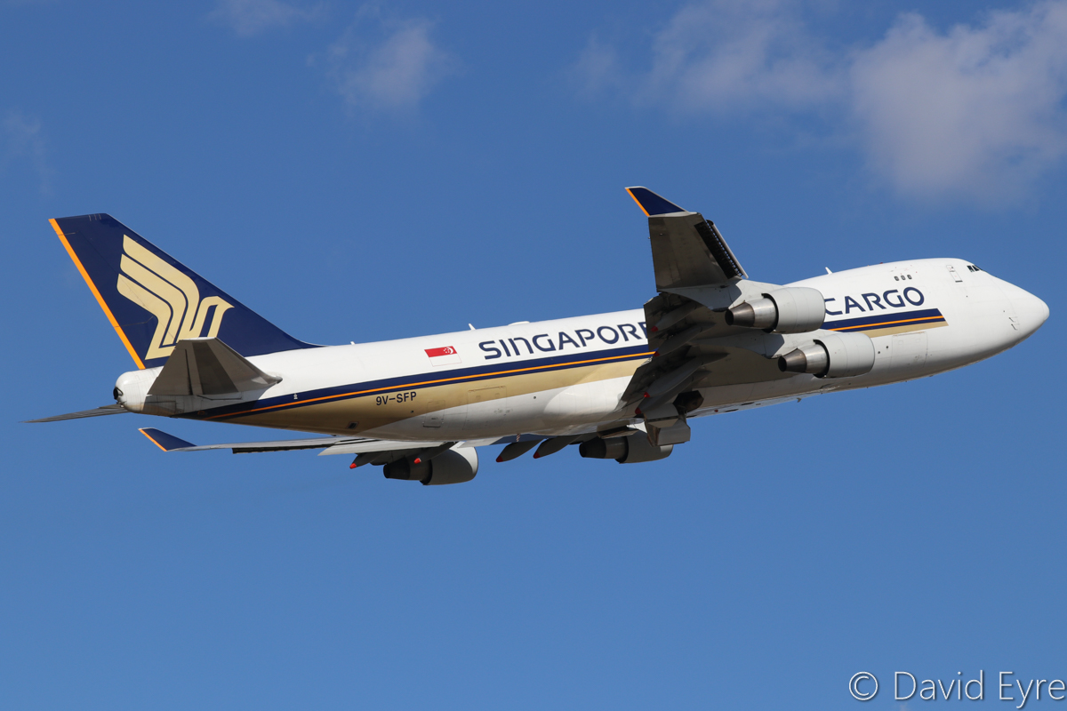 9V-SFP Boeing 747-412F (MSN 32902/1364) of Singapore Airlines Cargo at Perth Airport – Sun 25 September 2016. This aircraft last visited Perth only two weeks earlier. Taking off from runway 21 at 3:13pm as SQ7106 to Johor Bahru. It had arrived in Perth from Auckland via Melbourne at 12:27pm. Photo © David Eyre