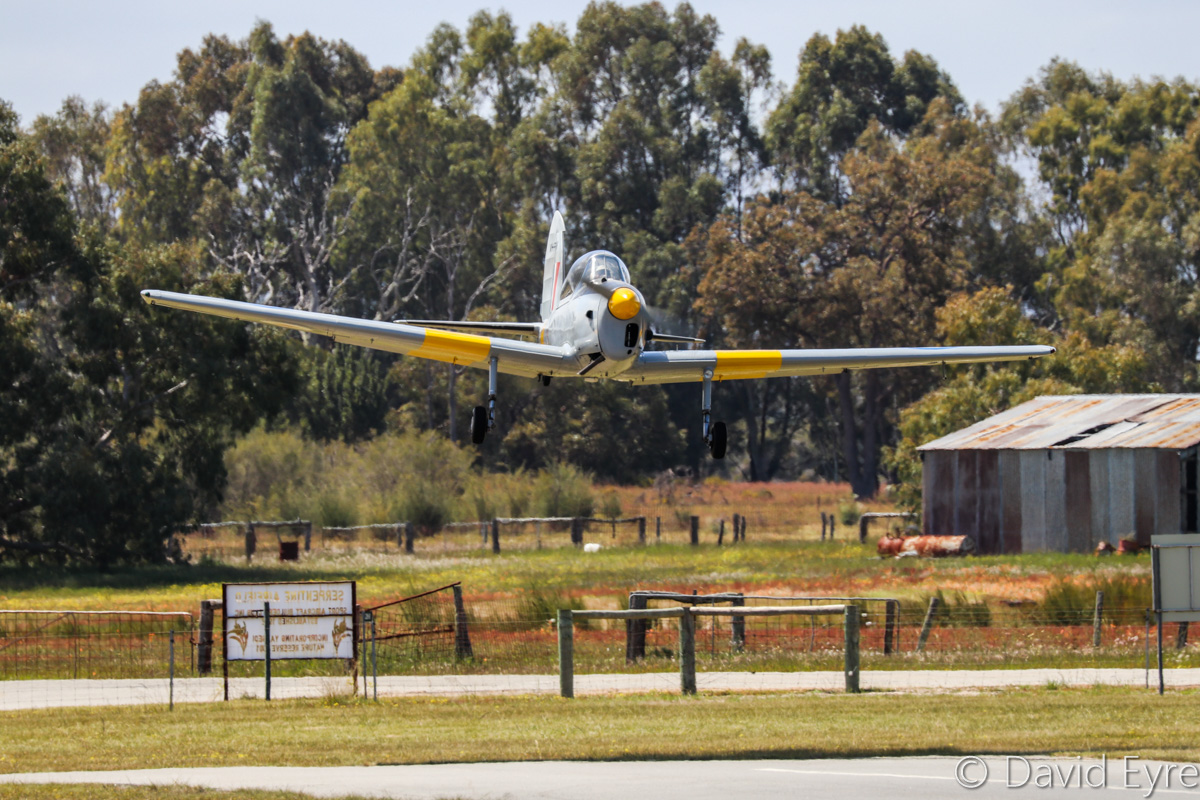 VH-RHW / WB677 De Havilland DHC-1 Chipmunk T.10 (MSN C1/0125) owned by Glen Caple, at SABC Annual Fly-In, Serpentine Airfield – Sun 25 September 2016. Built in 1950, and originally delivered to the RAF as WB677 on 16.8.1950. Sold 24.9.1956 at No.10 Maintenance Unit, Hullavington, UK. First registered in Australia on 21.11.1957 as VH-RHW by the Royal Aero Club of Western Australia, based at Maylands Aerodrome and then Perth Airport until sold in 1962. It went through a series of owners until purchased by Glen Caple in 1973. Photo © David Eyre