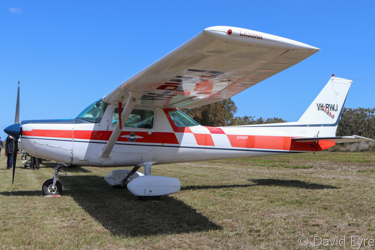 VH-RWJ Cessna A152 Aerobat (MSN A1520845), owned by the Royal Aero Club of Western Australia Inc, at SABC Annual Fly-In, Serpentine Airfield – Sun 25 September 2016. Built in 1979, ex N4621A. Photo © David Eyre