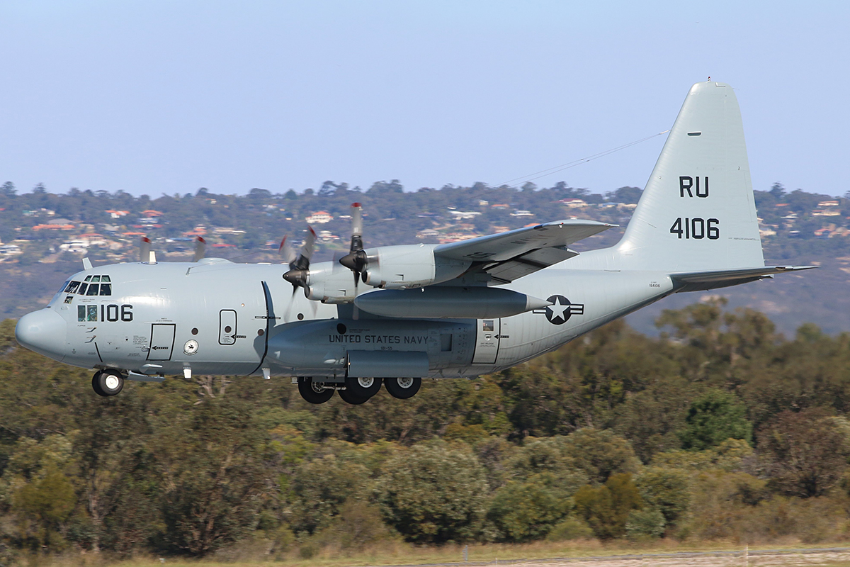 164106 Lockheed C-130T of United States Navy at Perth Airport – 22 October 2016.