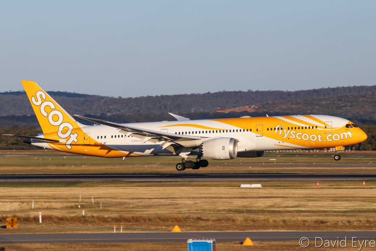 9V-OJF Boeing 787-9 Dreamliner (MSN 37119) of Scoot, named 'Bo-eng', at Perth Airport – Fri 28 October 2016. Flight TZ8 from Singapore, landing on runway 21 at 5:55pm. Photo © David Eyre