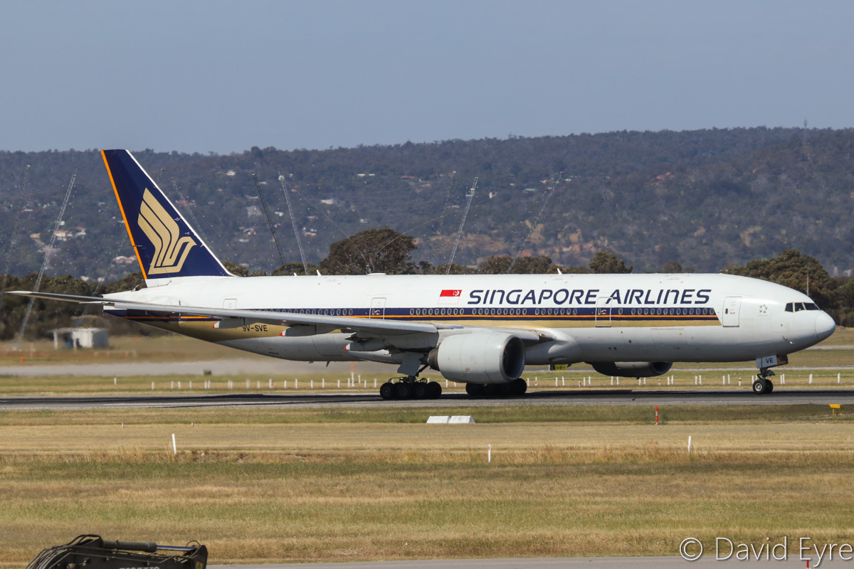 9V-SVE Boeing 777-212ER (MSN 30870/374) of Singapore Airlines, at Perth Airport - Fri 28 October 2016. Flight SQ226 to Singapore, taking off from runway 21 at 2:27pm. Photo © David Eyre