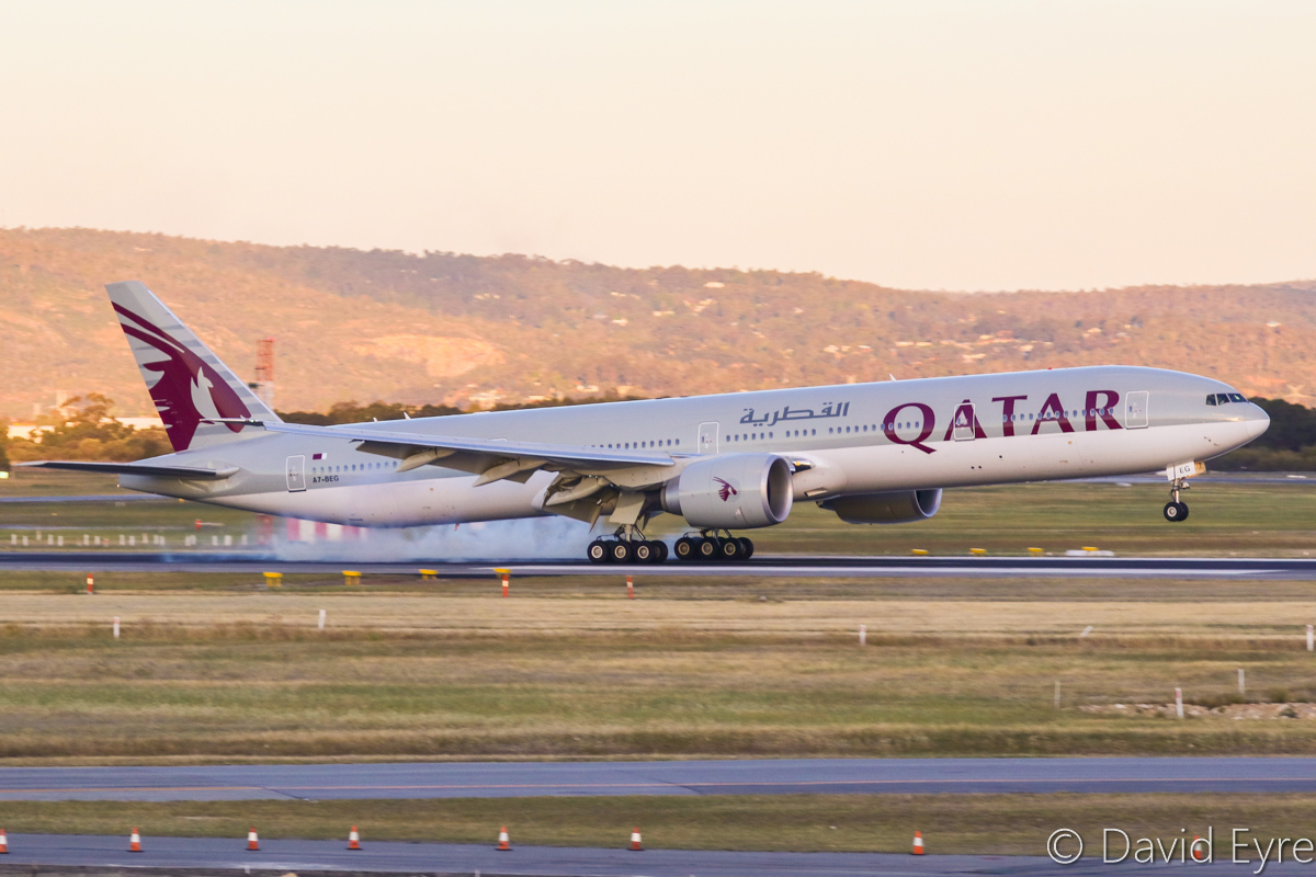 A7-BEG Boeing 777-3DZER (MSN 60333/1359) of Qatar Airways at Perth Airport - Fri 28 October 2016. Flight QR902 from Doha, landing on runway 21 at 6:17 pm. Photo © David Eyre