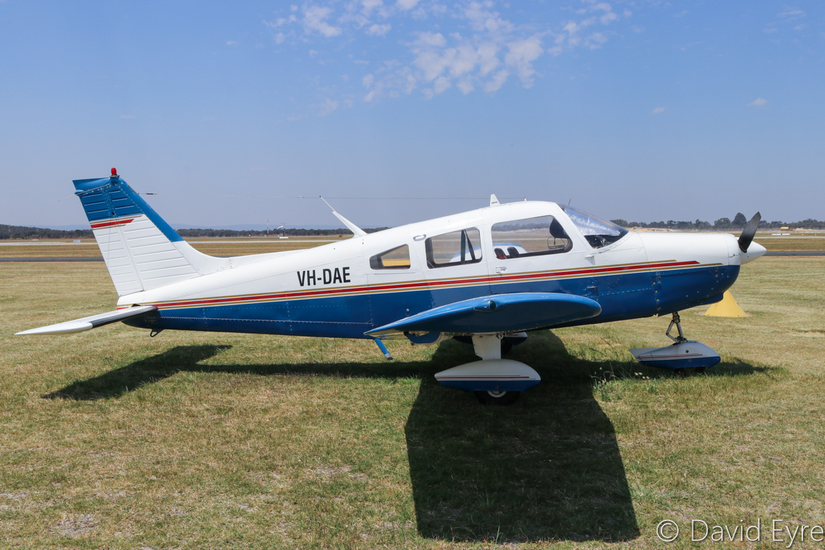 VH-DAE Piper PA-28-151 Cherokee Warrior (MSN 28-7515170) owned by Swan Aviation Club Pty Ltd, at Jandakot Airport - Fri 28 October 2016. Photo © David Eyre