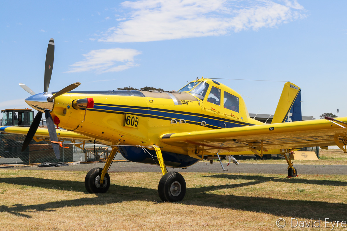 VH-FED / BOMBER 605 Air Tractor AT-802 (MSN 802-0454) of Dunn Aviation, named 'Big Block', at Jandakot Airport – Fri 28 October 2016. Delivered on 24 April 2016, this aircraft is used for firefighting duties during the hotter months, under contract to the WA Government. Photo © David Eyre