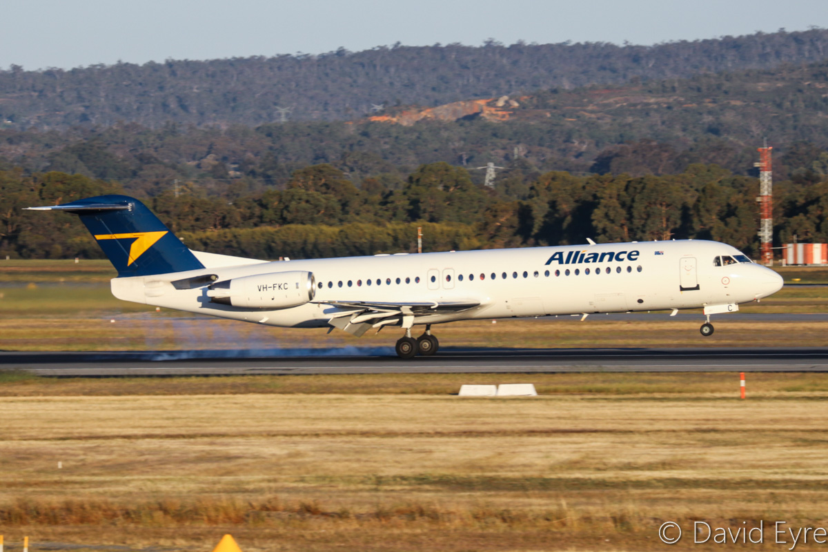 VH-FKC Fokker 100 (MSN 11349) of Alliance Airlines, at Perth Airport - Fri 28 October 2016. Landing on runway 21 at 6:02pm as QQ877 from Telfer. Photo © David Eyre