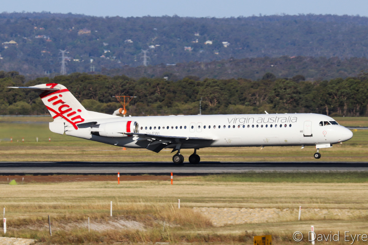 VH-FWI Fokker 100 (MSN 11318) of Virgin Australia Regional Airlines, at Perth Airport - Fri 28 October 2016. Landing on runway 21 at 4:55pm as VA1484 from Broome. Photo © David Eyre