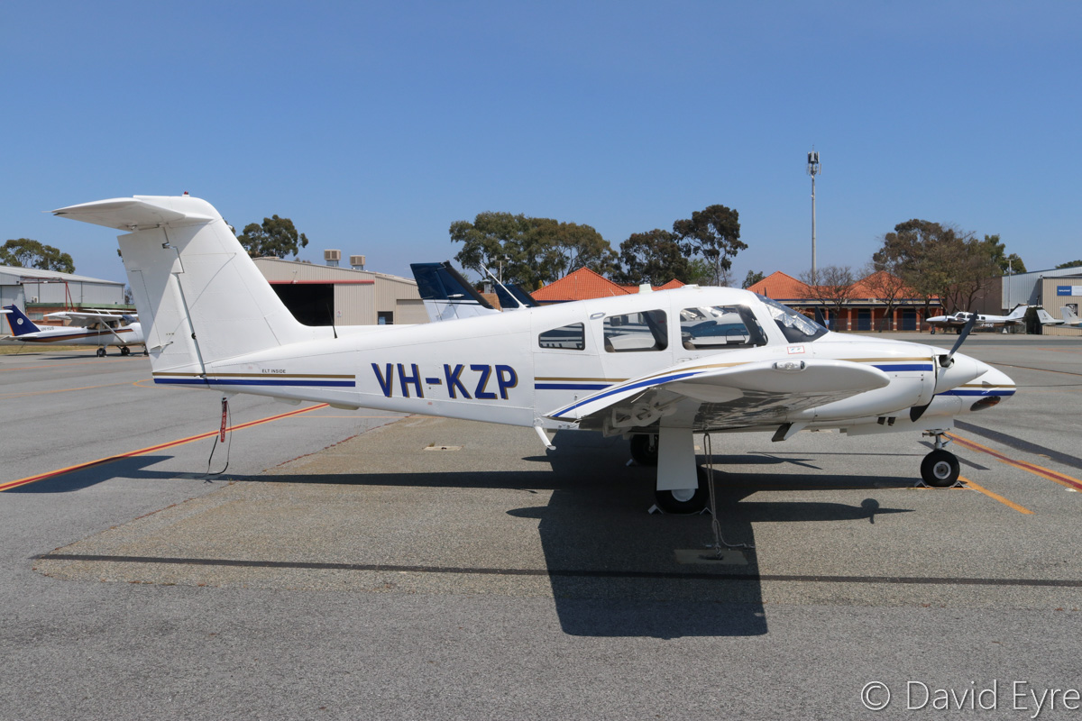 VH-KZP Piper PA-44-180 Seminole (MSN 4496331) owned by Airflite Pty Ltd, being cross-hired by Singapore Flying College, at Jandakot Airport - Fri 28 October 2016. Singapore Flying College is withdrawing its Beech Baron G58 fleet and replacing them with late-model Seminoles, due to the cheaper operating costs. Built in 2015, ex N2585X, N9513N. Photo © David Eyre