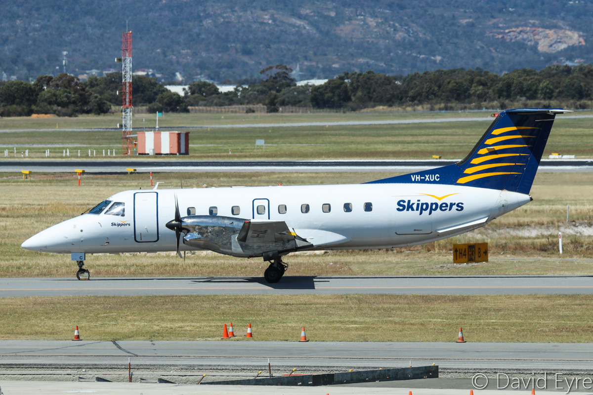 VH-XUC Embraer 120ER Brasilia (MSN 120208) of Skippers Aviation, at Perth Airport - Fri 28 October 2016. Arriving from Broome, Karratha and Geraldton at 2:05pm. Photo © David Eyre