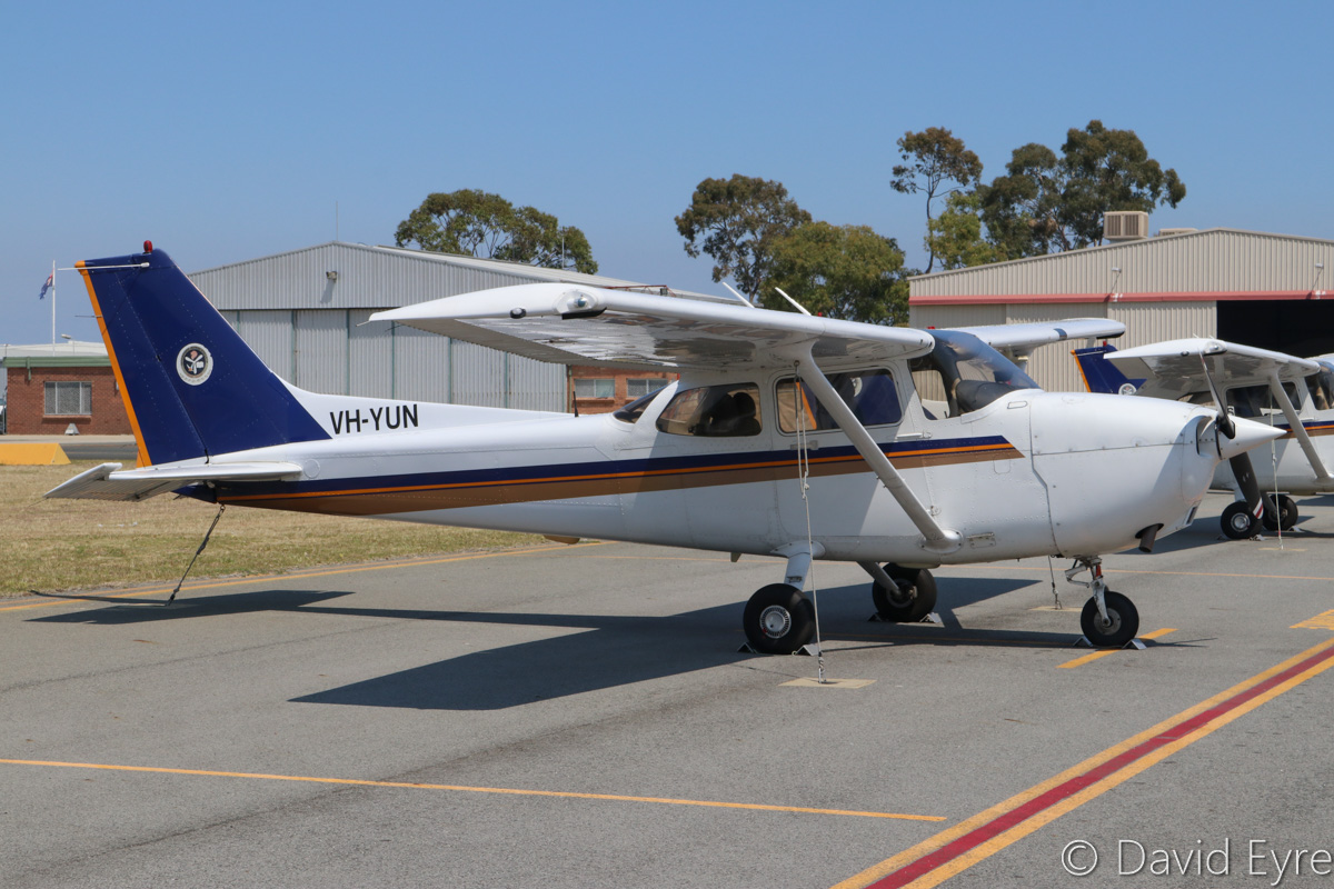 VH-YUN Cessna 172R Skyhawk (MSN 17281227) owned by Singapore Flying College Pte Ltd, at Jandakot Airport - Fri 28 October 2016. Built in 2004 and registered VH-YUN in March 2016, this is one of a number of analogue cockpit Cessna 172Rs previously based in Singapore. Ex 9V-FCK, VH-BZX, N65242. Photo © David Eyre