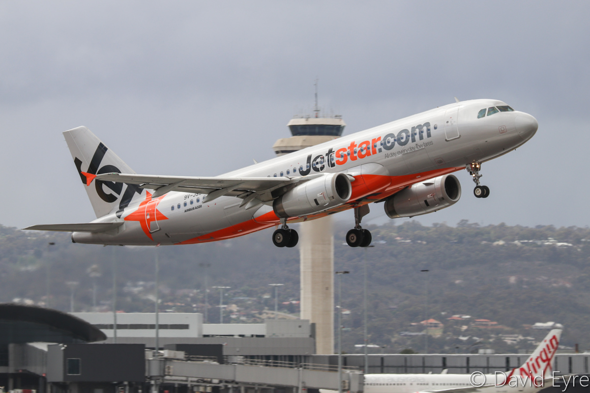 9V-JSJ Airbus A320-232 (MSN 4515) of Jetstar Asia, at Perth Airport - Sat 29 October 2016. Flight 3K134 to Singapore, taking off from runway 24 at 9:38am. Photo © David Eyre