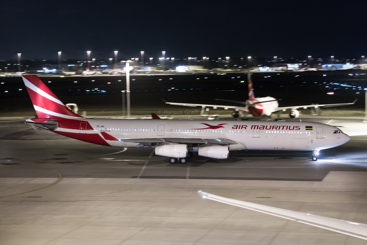 3B-NBI Airbus A340-313 (MSN 793) of Air Mauritius at Perth Airport – Mon 28 November 2016. A rare visit by an Air Mauritius A340. It arrived empty from Mauritius as flight MK1 at 8:55pm, to collect passengers stranded when the usual A330-200 3B-NBL suffered a technical problem and was grounded at Perth. 3B-NBI is seen taxying out at 10:39pm as MK441 to Mauritius. Photo © Marcus Graff