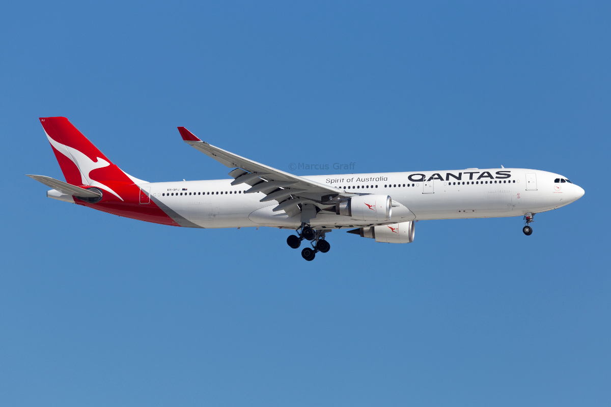 VH-QPJ Airbus A330-303 (MSN 712) of Qantas, named 'Port Stephens', at Perth Airport - Fri 23 December 2016. First aircraft in the Qantas fleet to be repainted in their revised livery, this A330 was repainted at Victorville, California and officially unveiled on 27 October 2016. Flight QF777 from Melbourne is seen here on approach to runway 24 at 4:39pm. Photo © Marcus Graff