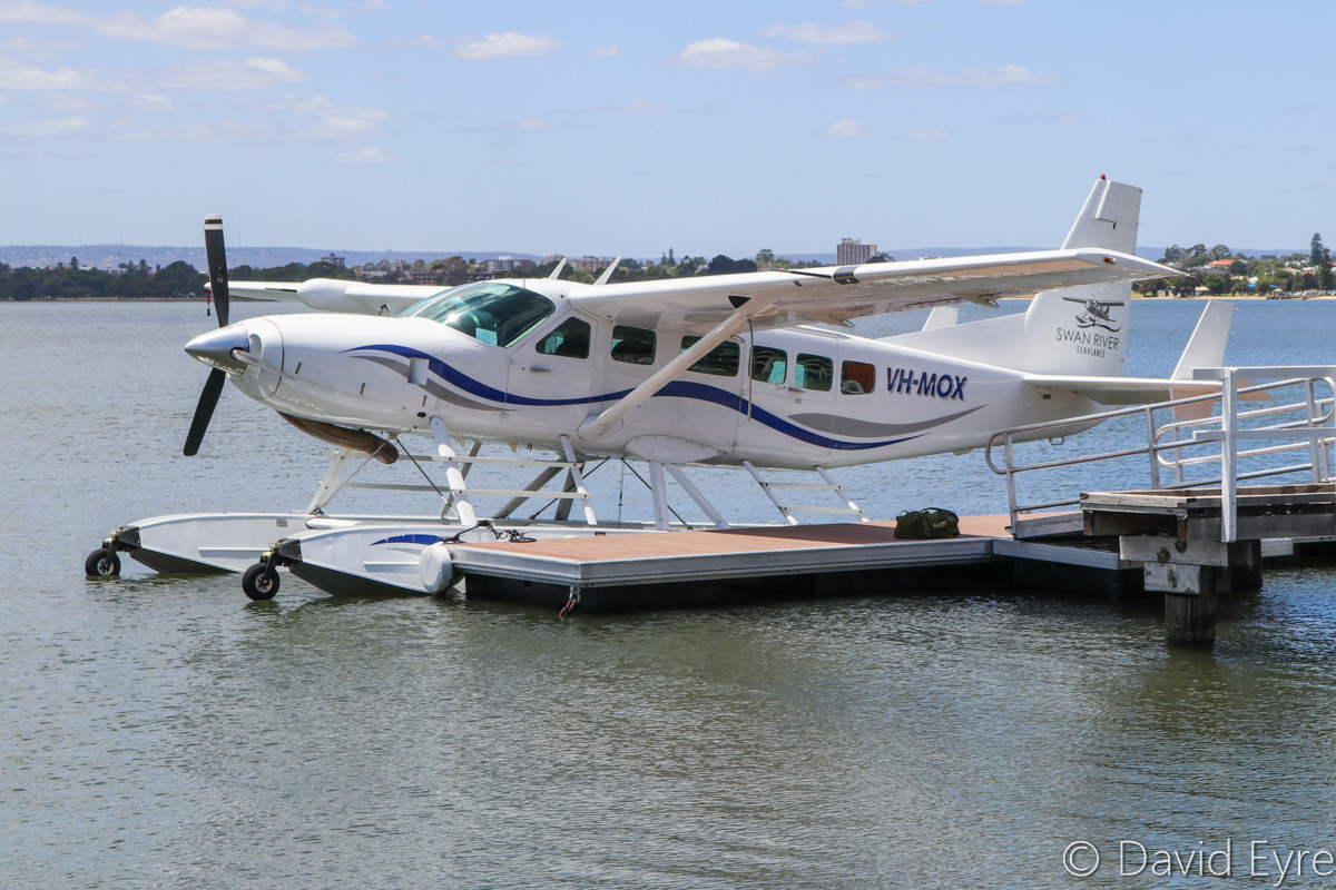 VH-MOX Cessna 208 Caravan (amphibious seaplane) (MSN 20800227) operated by Swan River Seaplanes (West Coast Air Services Pty Ltd/Avanova Pty Ltd), at Queen Street Jetty, South Perth - Mon 23 January 2017. Preparing for the official ceremony to launch seaplane tourism services between Perth's Swan River and Margaret River Airstrip, including tours of Margaret River wineries. Photo © David Eyre
