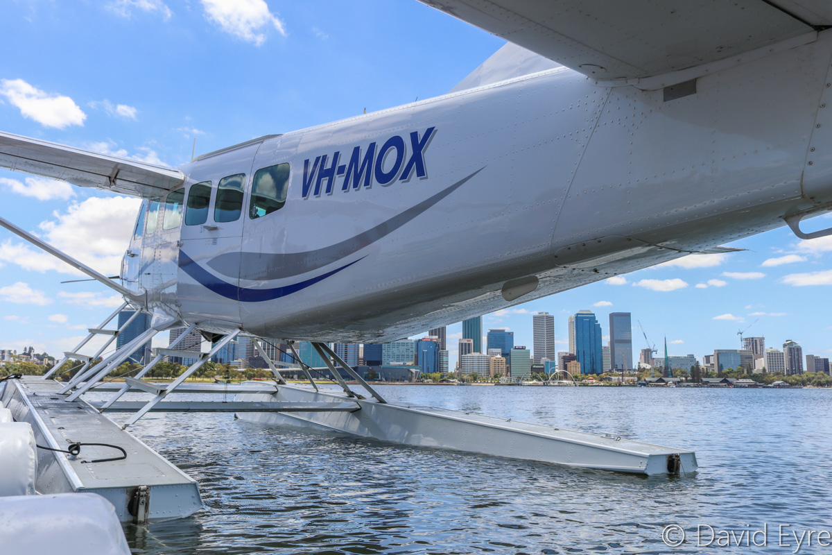 VH-MOX Cessna 208 Caravan (amphibious seaplane) (MSN 20800227) operated by Swan River Seaplanes (West Coast Air Services Pty Ltd/Avanova Pty Ltd), at Queen Street Jetty, South Perth - Mon 23 January 2017. Just before departure, after the official ceremony to launch seaplane tourism services between Perth's Swan River and Margaret River Airstrip, including tours of Margaret River wineries. Photo © David Eyre