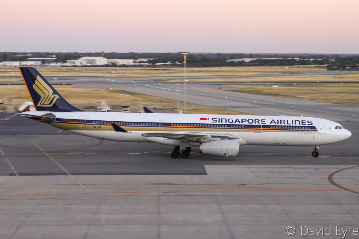 9V-STB Airbus A330-343X (MSN 983) of Singapore Airlines, at Perth Airport - Mon 6 February 2017. Flight SQ225 from Singapore, taxying in at 5:45am. Photo © David Eyre