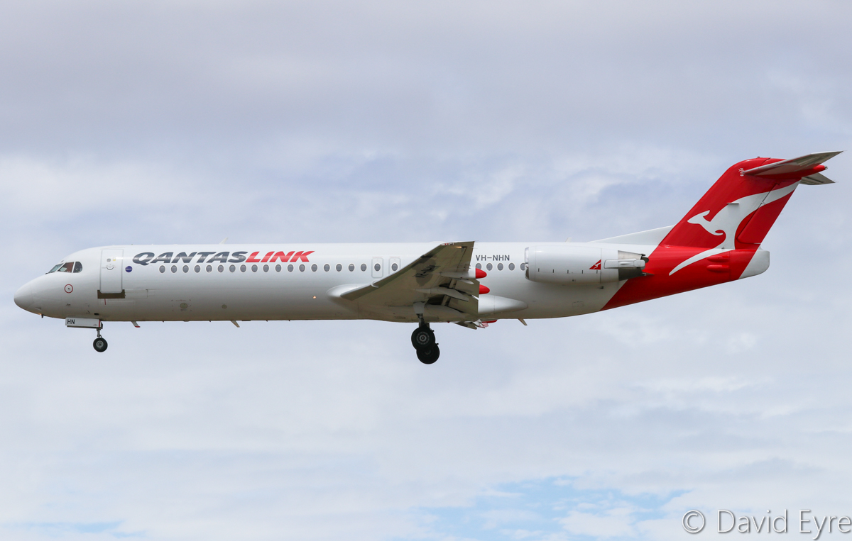 VH-NHN Fokker 100 (MSN 11469) of QantasLink (Network Aviation) at Perth Airport – Sat 11 February 2017. 'NETLINK 1601' from Port Hedland, about to land on runway 06 at 12:33pm. Photo © David Eyre