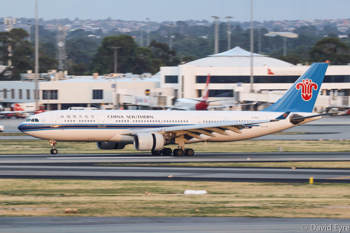 B-6516 Airbus A330-223 (MSN 1129) of China Southern Airlines, at Perth Airport - Thu 16 February 2017. Landing on runway 21 at 6:11am as CZ319 from Guangzhou. Photo © David Eyre