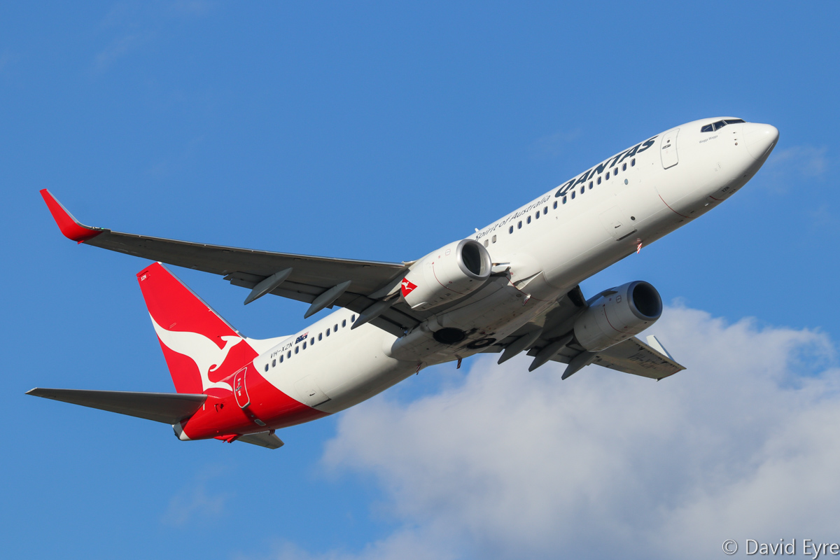 VH-XZN Boeing 737-838 (MSN 44575/5060), of Qantas, named 'Wagga Wagga', at Perth Airport - Thu 16 February 2017. Flight QF1356 to Ginbata/Roy Hill iron ore mine, climbing after take-off from runway 21 at 5:29pm. Photo © David Eyre