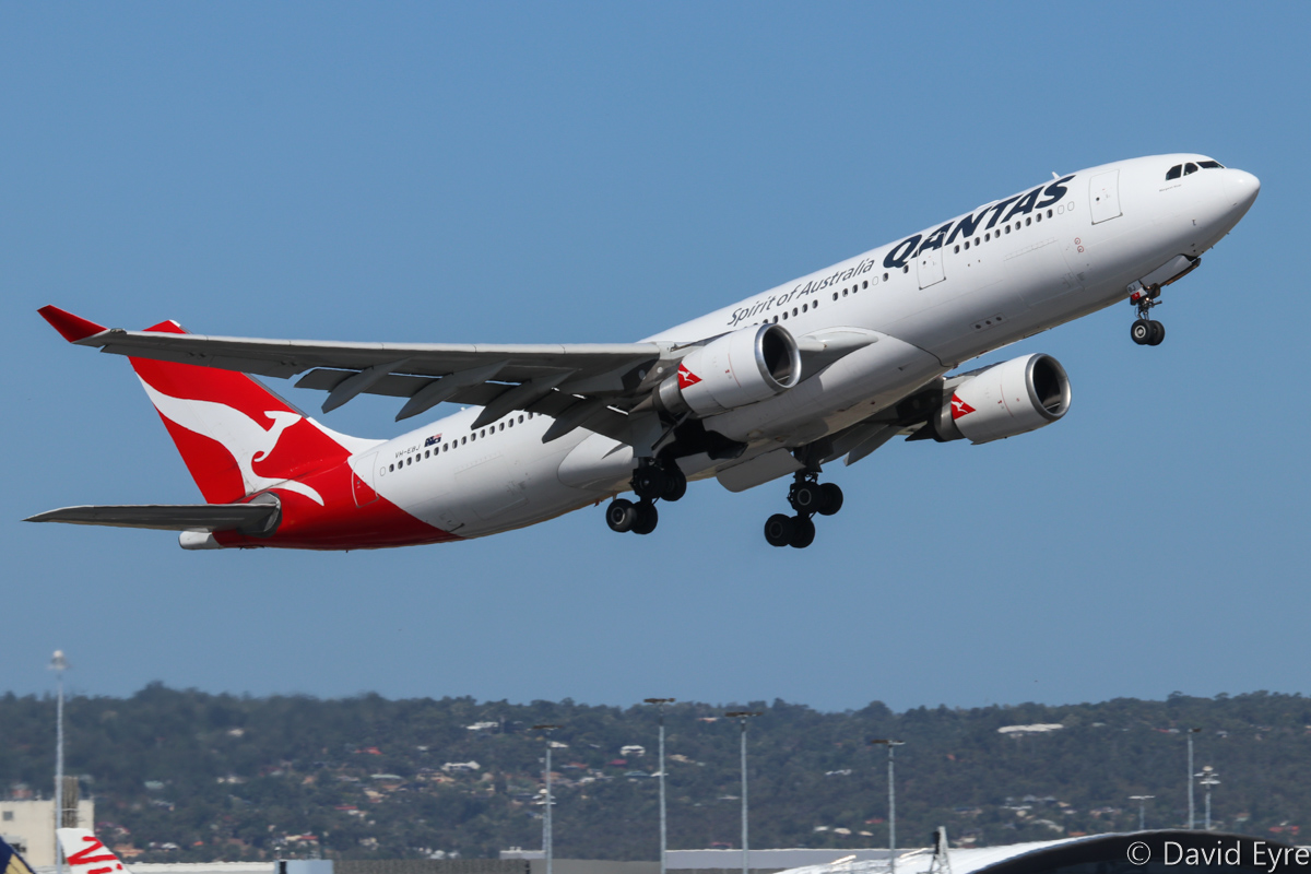 VH-EBJ Airbus A330-202 (MSN 940) of Qantas, named 'Margaret River', at Perth Airport - Wed 22 February 2017. QF476 to Melbourne, taking off from runway 24 at 3:11pm. Photo © David Eyre